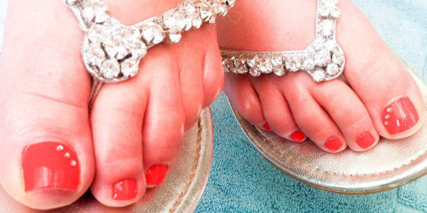 nails-red-toenails